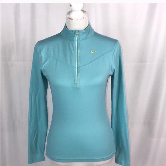 NIKE light blue size medium quarter zip